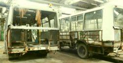 автобус ПАЗ в ремонте на сервисе